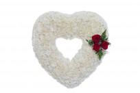Corazón grande con detalle de rosas